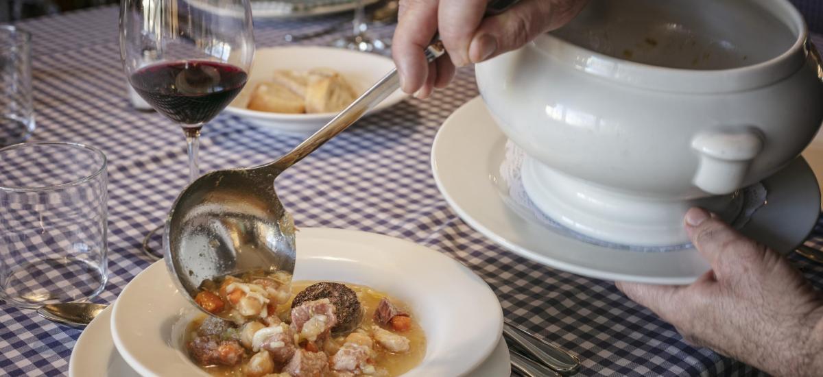 typical catalan restaurant priorat