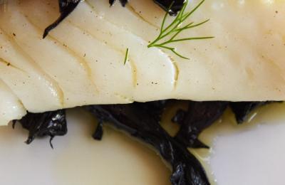Restaurant Hostal Sport Falset - bacallà confitat amb trompetes de la mort