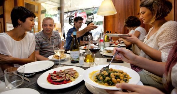 Esmorzar RallyRACC Catalunya a Hotel Hostal Sport