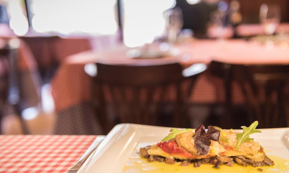 Cuina catalana al menjador del restaurant Hostal Sport